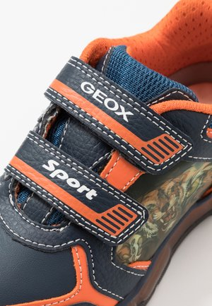 BOY - Sneakersy niskie - navy/orange