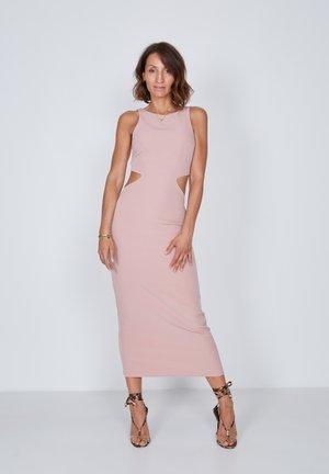 CUT OUT - Shift dress - rose