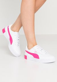 Puma - CALI - Sneakers laag - white/glowing pink - 0
