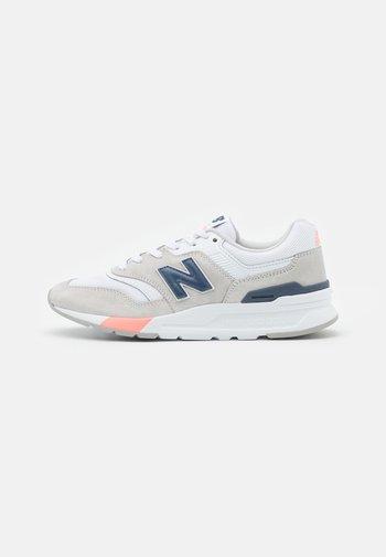 CW997 - Sneakers - grey