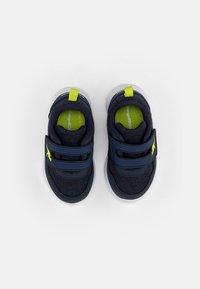 KangaROOS - TINKLE - Sneaker low - navy/lime - 3