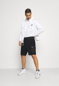 Nike Sportswear - Shorts - black//black oxidized - 3