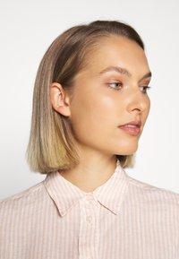 Lauren Ralph Lauren - TISSUE - Button-down blouse - pink/cream - 4