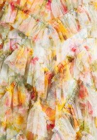 Needle & Thread - SUNSET GARDEN V NECK BALLERINA DRESS - Koktejlové šaty/ šaty na párty - ivory - 6