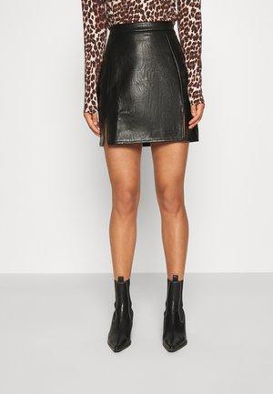 MATTE SPLIT HEM SKIRT - A-line skirt - black
