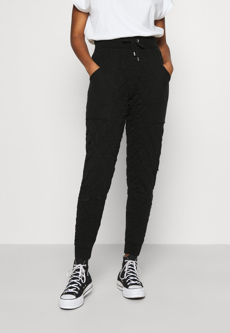 Topshop - QUILTED - Tracksuit bottoms - black