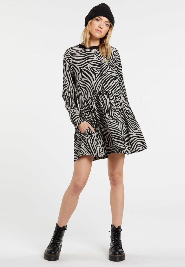 Day dress - animal_print