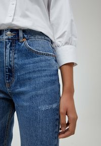 PULL&BEAR - MOM - Relaxed fit jeans - mottled blue - 3