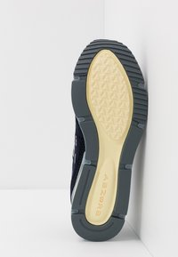 New Balance - MSXRC - Sneakers - navy - 4