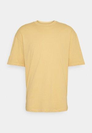 JORBRINK TEE CREW NECK - T-shirt - bas - sahara sun