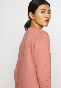 Calvin Klein - CORE LOGO - Felpa - muted pink - 4