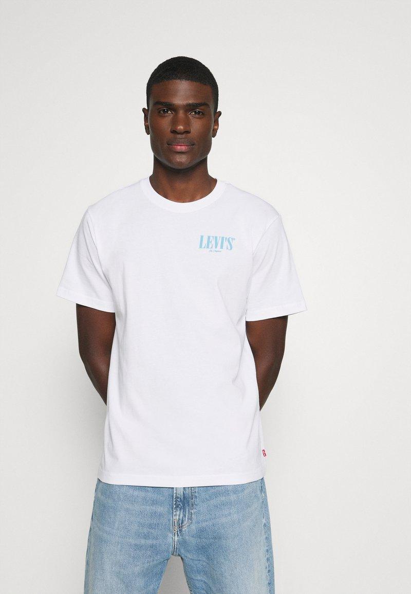Levi's® - TEE UNISEX - Print T-shirt - white