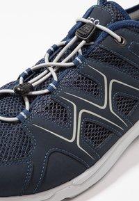 ECCO - Hiking shoes - marine/concrete - 5