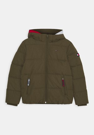 ESSENTIAL PADDED JACKET - Vinterjakker - green