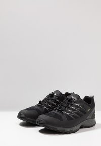 The North Face - FASTLACE GTX - Hiking shoes - black/metallic - 2