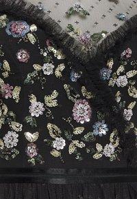 Needle & Thread - SHIMMER DITSY LONG SLEEVE DRESS - Cocktailklänning - graphite - 2
