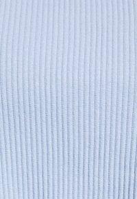 Vila - VIBALU CROPPED - Camiseta de manga larga - cashmere blue - 2
