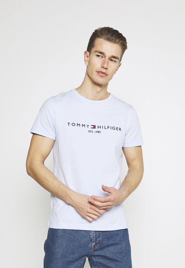 Tommy Hilfiger LOGO TEE - T-shirt z nadrukiem - sweet blue/jasnoniebieski Odzież Męska MHKH