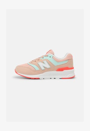 PR997HSG - Sneakers - pink