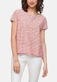 s.Oliver - T-shirt print - red stripes - 4