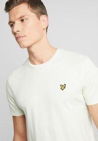 Lyle & Scott - T-shirt - bas - cloud mint - 4