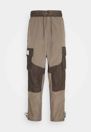 PANT - Trousers - olive grey