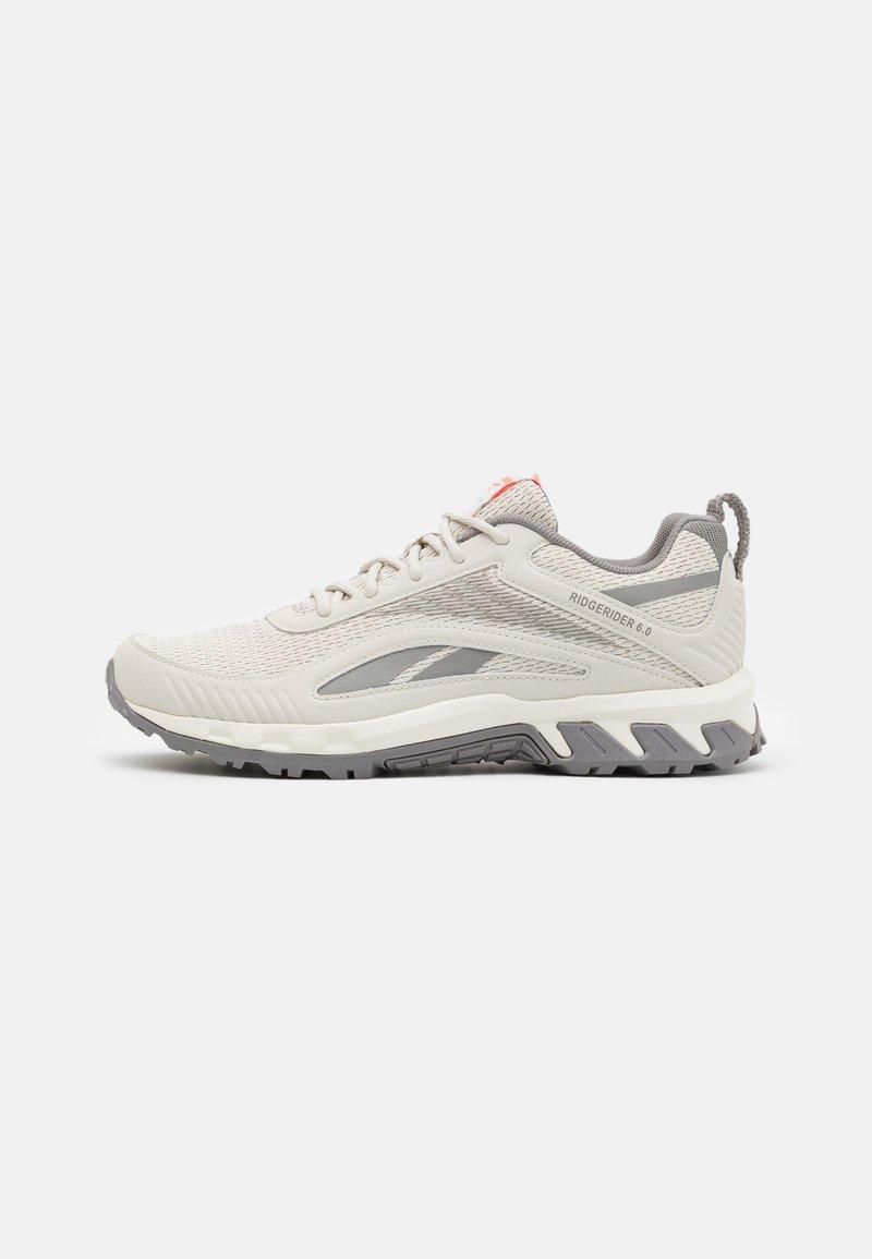 Reebok - RIDGERIDER 6.0 - Zapatillas de trail running - grey