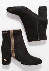 Les Tropéziennes par M Belarbi - CORELLA - Classic ankle boots - noir - 3