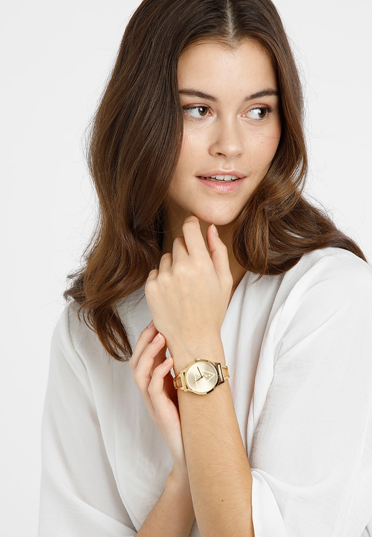Guess - LADIES TREND - Horloge - gold-coloured