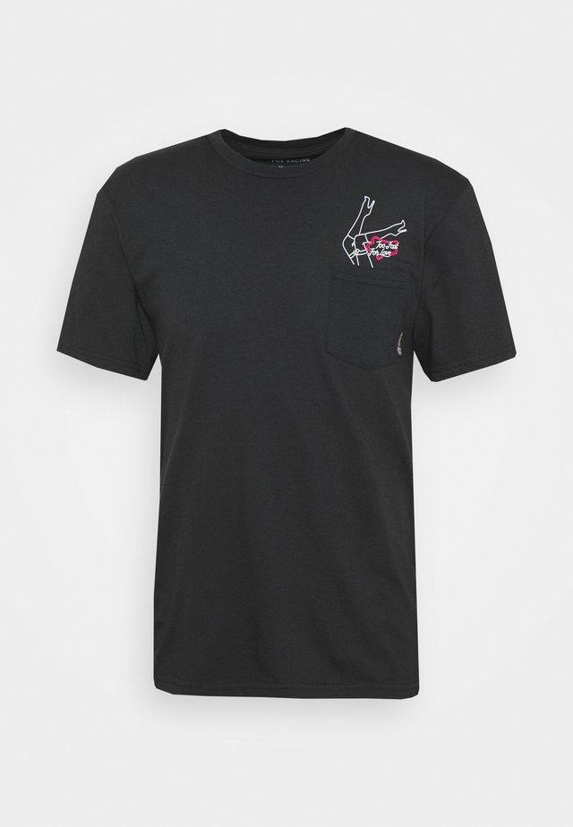 FAST LANE POCKET TEE - T-shirts med print - black