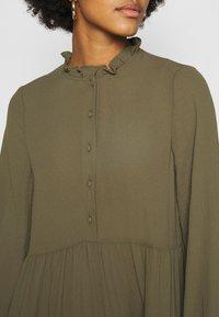 Vero Moda - VMZIGGA FRILL - Shirt dress - ivy green - 5