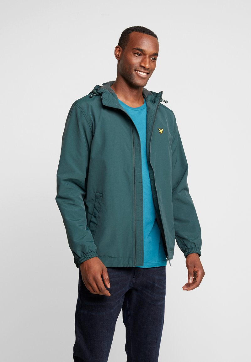 Lyle & Scott - ZIP THROUGH HOODED JACKET - Summer jacket - jade green