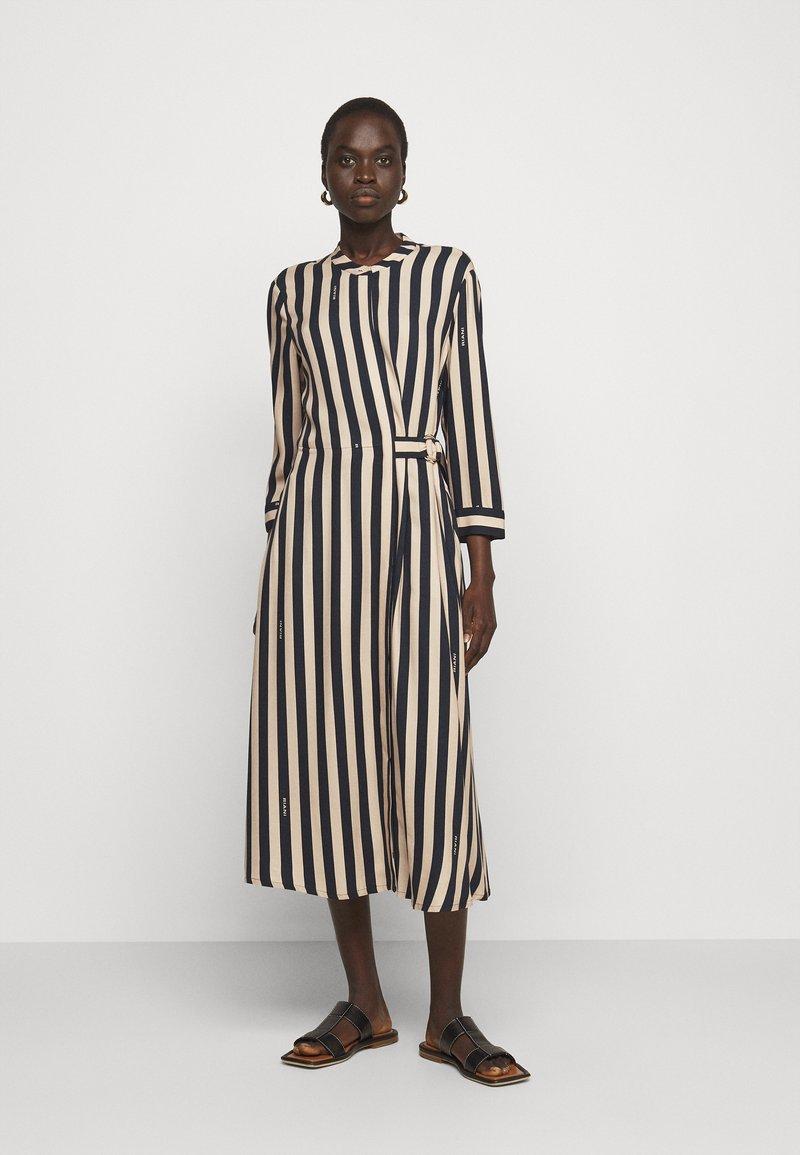RIANI - KLEID - Denní šaty - beige