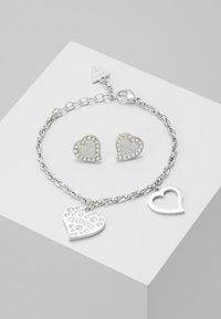 Guess - BOX SET - Earrings - silver-coloured - 0