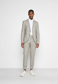 Tommy Hilfiger Tailored - OXFORD SLIM FIT - Formal shirt - white - 1