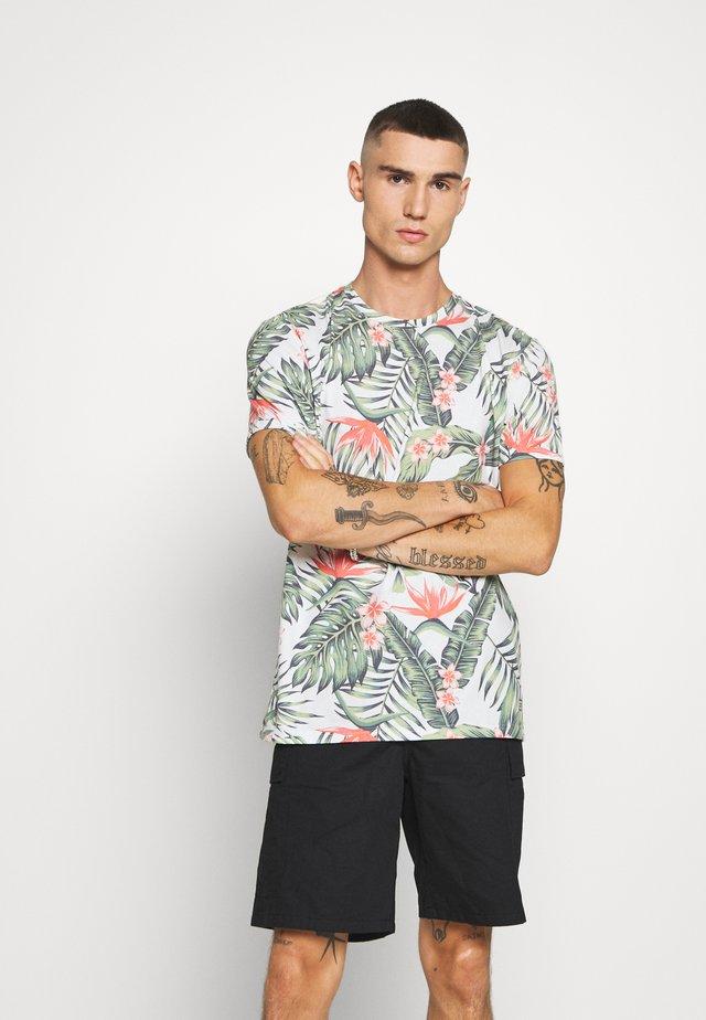 SANTITO - T-shirt z nadrukiem - army