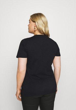 BILLA - T-shirts med print - black deep