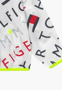Tommy Hilfiger - SPORT PRINTED - Veste coupe-vent - white - 3