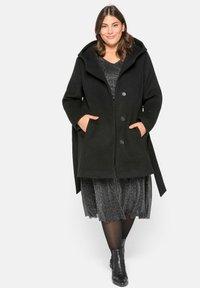 Sheego - Short coat - schwarz - 1