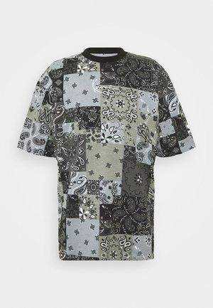 SIGNATURE PAISLEY TEE - Print T-shirt - black