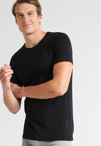BOSS - 2 PACK - Undershirt - black - 1