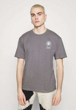 SYSTEM TRAGEDY UNISEX - T-shirt con stampa -  frost grey