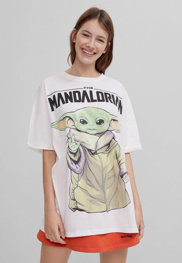 THE MANDALORIAN - T-shirt med print - nude