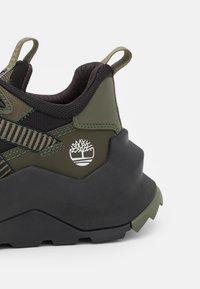 Timberland - MADBURY OX - Sneakers - dark green - 5