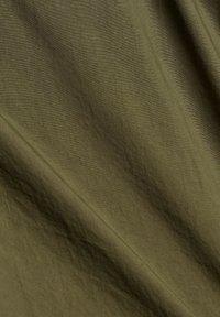 edc by Esprit - TWIST  - Trousers - khaki green - 9