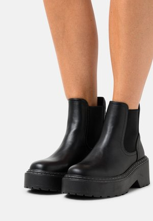 ONLBOSSI CHELSEA BOOT  - Kotníkové boty na platformě - black