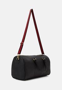 SIKSILK - HOLDALL - Weekend bag - black - 1
