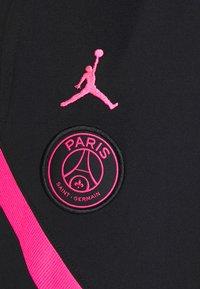 Nike Performance - PARIS ST GERMAIN PANT - Verryttelyhousut - black/hyper pink/hyper pink - 5