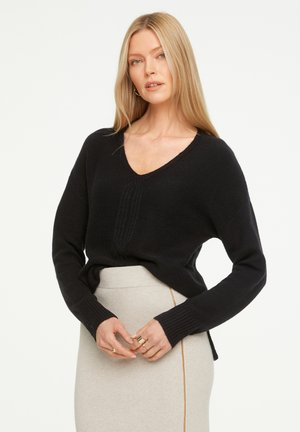 LOOSE FIT - Jumper - black