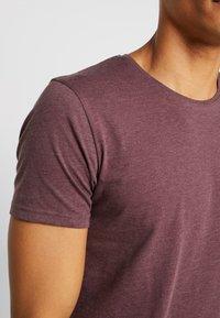 Tiffosi - BASIL - Basic T-shirt - red - 4
